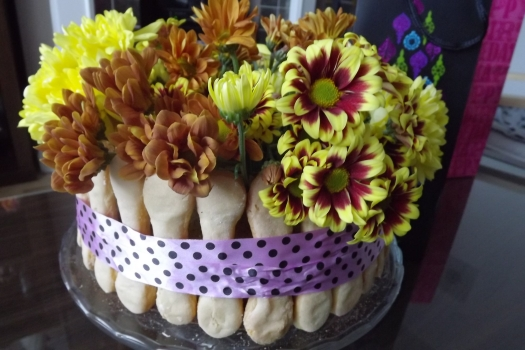 Tort Kwiatowy