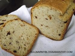 Chleb miodowo-owsiany z oliwkami