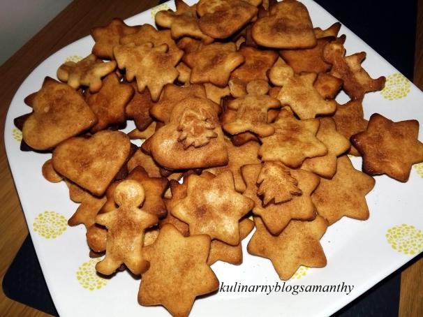 Kruche ciasteczka z marcepanem