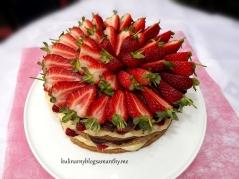 Przekładaniec truskawkowy