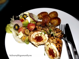 Roladki z kurczaka z suszonymi pomidorami i fetą