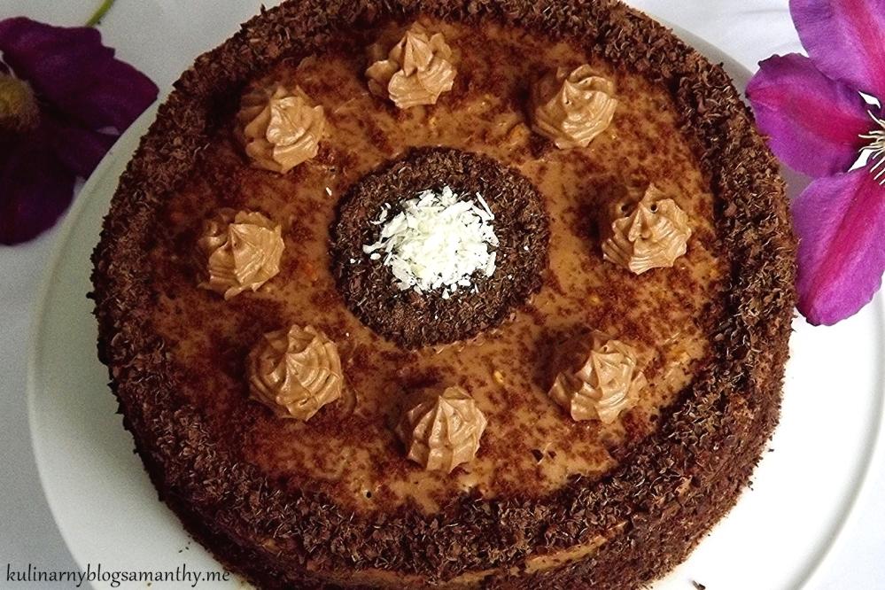 Tort czekoladowy z kremem orzechowym (3/3)
