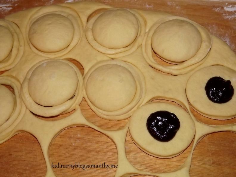Pączki z czeko-sliwką
