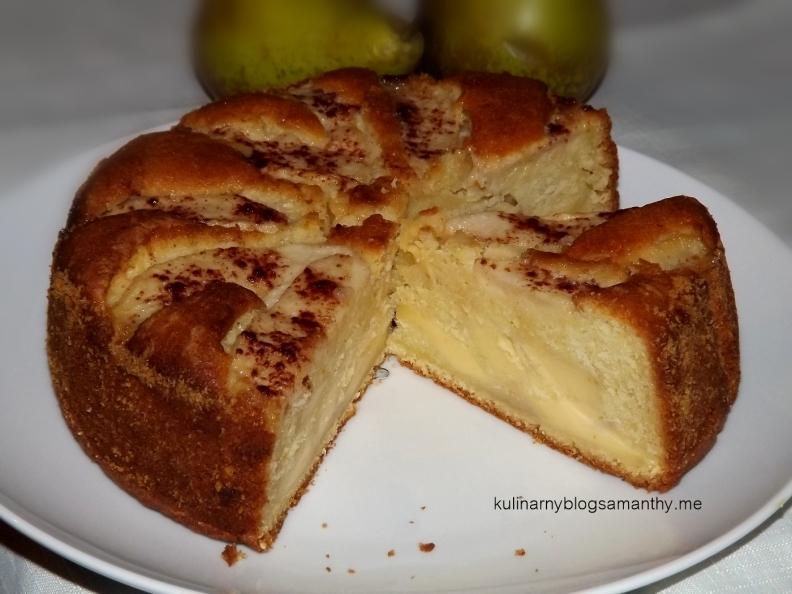 Ciasto waniliowe z budyniem i gruszką