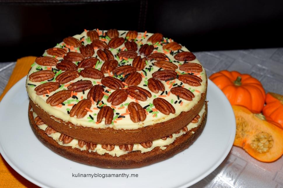 Ciasto dyniowe z orzechami
