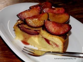 Ciasto z karmelizowanymi sliwkami