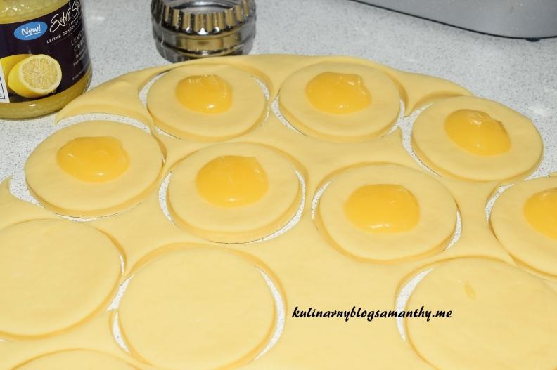Pączki z lemon curd