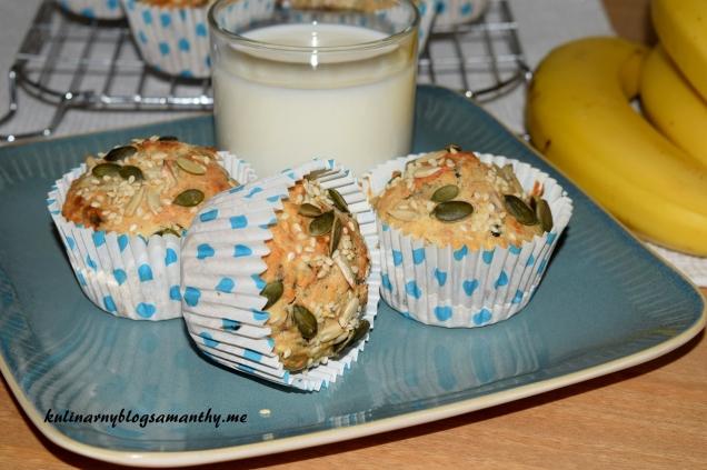 Muffinki pełnoziarniste z bananami