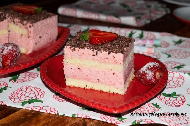 Ciasto z pianką truskawkową