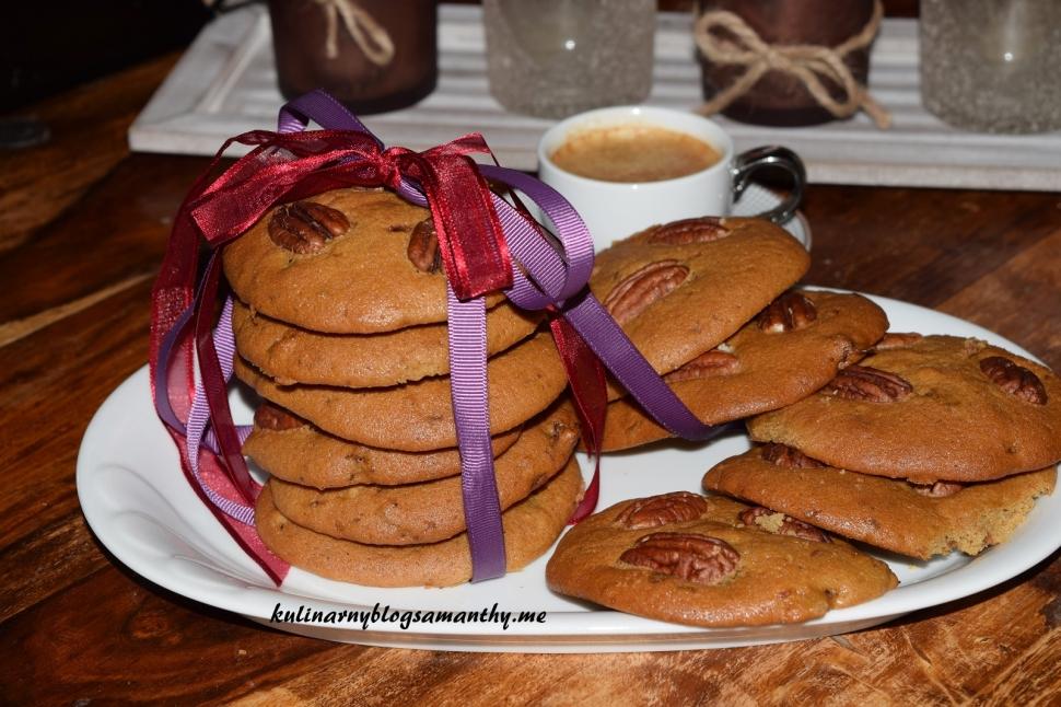 Ciastka z daktylami i orzechami pekan
