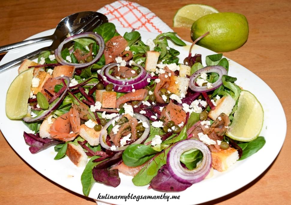 Sałatka z botwiny i łososiem