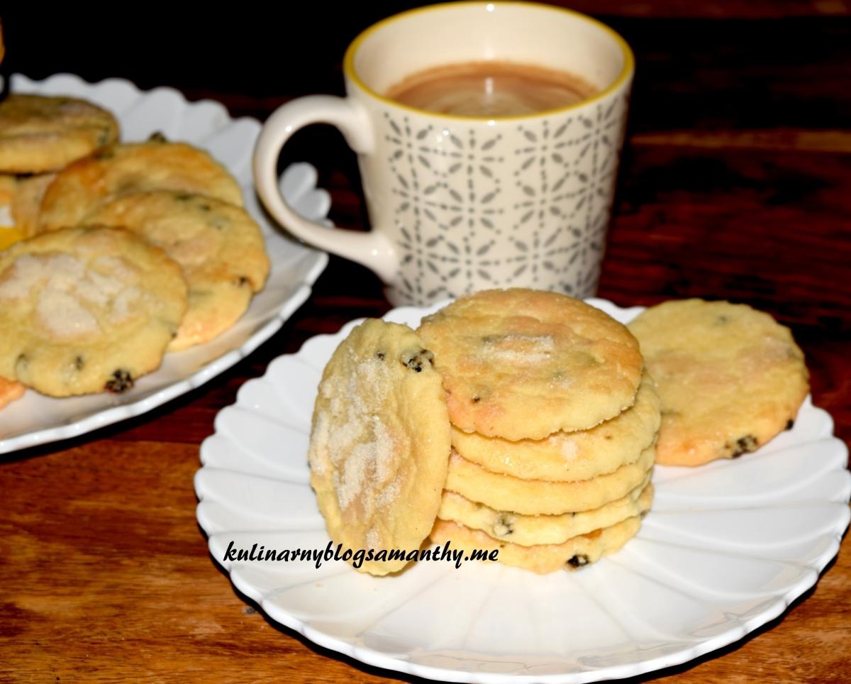 Ciasteczka maślane z rodzynkami