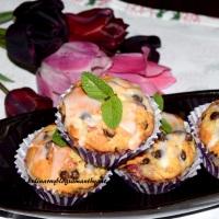 Muffiny owocowe z czekoladą
